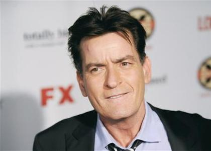 Actor Charlie Sheen arrives at the Hollywood FX Summer Comedies Party in Los Angeles, California June 26, 2012. REUTERS/Gus Ruelas