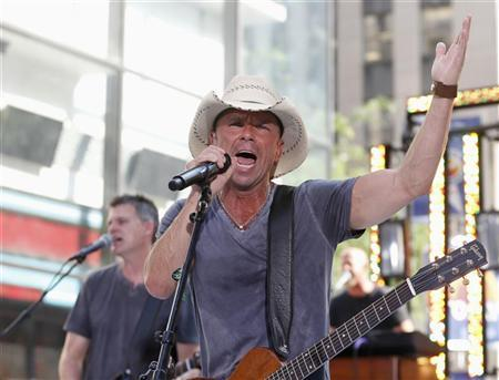 Singer Kenny Chesney performs on NBC's 'Today' show in New York, June 22, 2012. REUTERS/Brendan McDermid