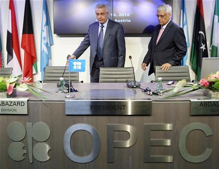 Iraq's Oil Minister and OPEC president Abdul Kareem Luaibi (L) and OPEC Secretary General Abdallah al-Badri arrive for a news conference after a meeting of OPEC oil ministers at OPEC's headquarters in Vienna, June 14, 2012. REUTERS/Heinz-Peter Bader