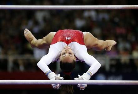 U.S. gymnast Jordyn Wieber performs on the uneven bars at the U.S. Olympic gymnastics trials in San Jose, California June 29, 2012. REUTERS/Mike Blake
