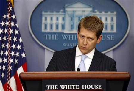 White House Press Secretary Jay Carney speaks to reporters about Operation Fast and Furious in the briefing room of the White House in Washington June 21, 2012. REUTERS/Kevin Lamarque