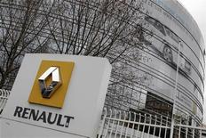 View of the Renault headquarters in Boulogne-Billancourt, near Paris January 11, 2011. REUTERS/Jacky Naegelen