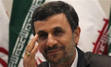 Iranian President Mahmoud Ahmadinejad attends a news conference during the Rio+20 United Nations Conference on Sustainable Development summit in Rio de Janeiro June 21, 2012. REUTERS/Nacho Doce