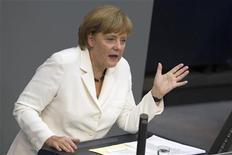 <p>Les grands gagnants du sommet européen de vendredi à Bruxelles semblent être l'Italie, l'Espagne et la France, qui donnent l'impression d'avoir réussi à arracher des concessions clés à Angela Merkel. Mais si la zone euro existe encore dans quelques années, ce sommet pourrait bien se distinguer autant par ce qu'aura obtenu la chancelière allemande que par ce qu'elle aura cédé. /Photo prise le 29 juin 2012/REUTERS/Thomas Peter</p>
