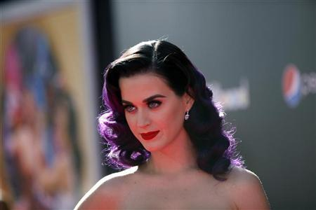Cast member and singer Katy Perry poses at the premiere of ''Katy Perry: Part of Me'' at the Grauman's Chinese theatre in Hollywood, California June 26, 2012. The documentary opens in the U.S. on July 5. REUTERS/Mario Anzuoni