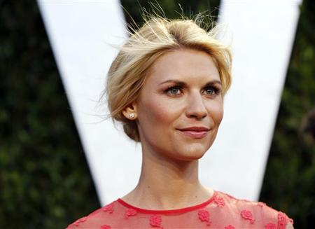 Actress Claire Danes arrives at the 2012 Vanity Fair Oscar party in West Hollywood, California February 26, 2012. REUTERS/Danny Moloshok