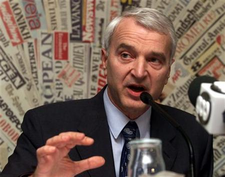Kosovo's Deputy Prime Minister Bujar Bukoshi speaks during a news conference April 27, 1999. REUTERS/Paul Hanna