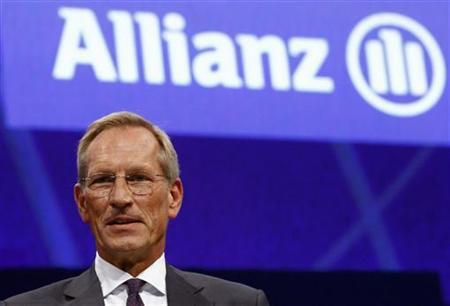 Michael Diekmann, chief executive of Europe's biggest insurer Allianz, poses before the start of the company's annual shareholders' meeting in Munich May 9, 2012. REUTERS/Michael Dalder