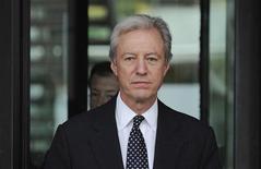 <p>Marcus Agius, qui présidait Barclays lorsque des traders de la banque britannique ont sciemment manipulé le taux d'intérêt Libor, a annoncé mardi lors de son audition par une commission parlementaire que Bob Diamond, le directeur général de l'établissement poussé à la démission par ce scandale, a renoncé à des primes d'un montant proche de 20 millions de livres (25,3 millions d'euros). /Photo prise le 10 juillet 2012/REUTERS/Ki Price</p>