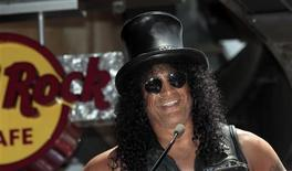 Musician Slash speaks before unveiling his star on the Walk of Fame in Hollywood, California July 10, 2012. REUTERS/Mario Anzuoni
