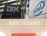 <p>Les grandes sociétés technologiques risquent de ne pas faire office de placement refuge en Bourse cette année comme l'espéraient de nombreux investisseurs face au ralentissement économique mondial. Les grands noms du secteur aux Etats-Unis, de Microsoft à IBM en passant par Intel, dévoileront leurs résultats du deuxième trimestre la semaine prochaine. /Photos d'archives/REUTERS</p>