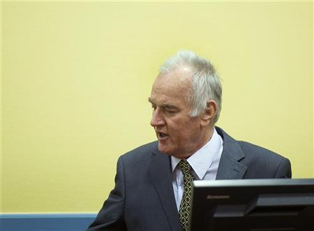 Former Bosnian Serb army commander Ratko Mladic attends his trial at the International Criminal Tribunal for the former Yugoslavia (ICTY) at The Hague May 16, 2012. REUTERS/Toussaint Kluiters/Pool