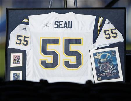 A No.55 jersey is seen on display at Qualcomm Stadium as part of a ''Celebration of Life'' memorial, held in memory of former San Diego Chargers and NFL linebacker Junior Seau in San Diego, California May 11, 2012. REUTERS/Mike Blake