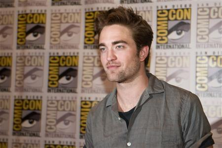 Actor Robert Pattinson arrives for a panel discussion for the upcoming film ''The Twilight Saga Breaking Dawn Part 2'' at Comic-Con in San Diego, California July 12, 2012. REUTERS/Sam Hodgson