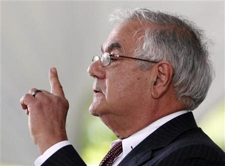 Congressman Barney Frank (D-MA) gestures as he speaks during 2012 Harvard College Class Day at Harvard University in Cambridge, Massachusetts May 23, 2012. REUTERS/Jessica Rinaldi