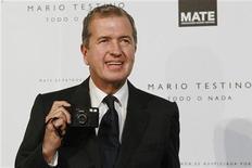 O fotógrafo de moda peruano Mario Testino inaugura seu centro cultural em Lima, no Peru, na quinta-feira. 12/07/2012 EUTERS/Enrique Castro-Mendivil