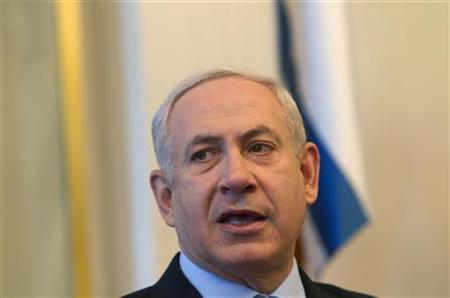 Israel's Prime Minister Benjamin Netanyahu attends the weekly cabinet meeting in Jerusalem July 15, 2012. REUTERS/Ronen Zvulun