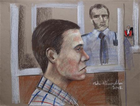 Canadian porn actor Luka Rocco Magnotta (L) appears at the Montreal Courthouse in Montreal, in this artist's courtroom sketch made June 21, 2012. REUTERS/Mike McLaughlin