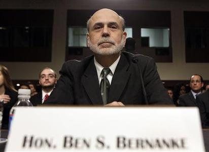 U.S. Federal Reserve Chairman Ben Bernanke prepares to testify before the Senate Banking, Housing and Urban Affairs Committee hearing on Capitol Hill in Washington, July 17, 2012. REUTERS/Yuri Gripas
