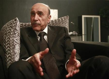 File photo of former spy chief Omar Suleiman during an interview with Reuters at his office in Cairo April 14, 2012. REUTERS/Asmaa Waguih/Files