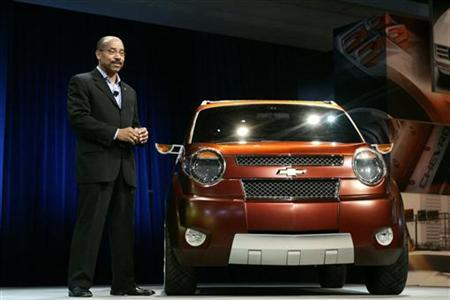 Ed Welburn, GM Vice President of Global Design, talks about Chevrolet's concept car, the Trax, at the New York International Auto Show in New York April 4, 2007. REUTERS/Keith Bedford