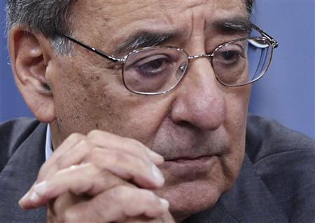 U.S. Secretary of Defense Leon Panetta pauses during a news conference at the Pentagon in Washington June 29, 2012. REUTERS/Yuri Gripas