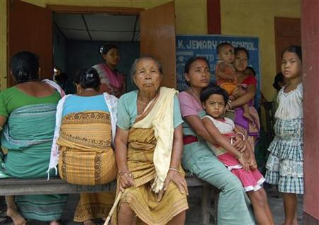 Displaced tribal people take shelter in a relief camp near Kokorajhar town in Assam July 22, 2012. REUTERS/Stringer