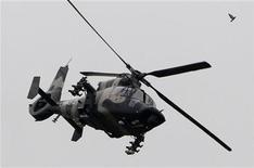 7月24日、中国政府は、北京市通州区の人民解放軍陸軍航空兵第4ヘリコプター団を外国の記者団に公開(2012年 ロイター/Jason Lee)