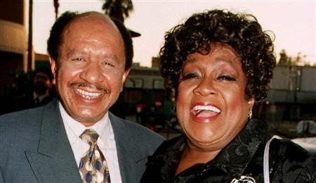 Sherman Hemsley (L) and Isabel Sanford, the stars of the popular television series ''The Jeffersons'' pose as they arrive for the premiere screening of the new television special ''50 Years of Television'' in Los Angeles in this April 16, 1997 file photo. REUTERS/Fred Prouser/Files