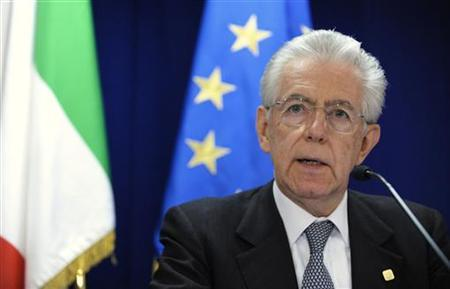 Italy's Prime Minister Mario Monti addresses a news conference after a European Union leaders summit in Brussels June 29, 2012. REUTERS/Eric Vidal