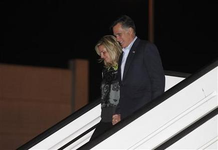 U.S. Republican presidential candidate Mitt Romney and his wife Ann arrive in Tel Aviv, Israel, July 28, 2012. REUTERS/Jason Reed