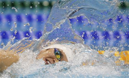 China's Sun Yang swims to win the men's 400m freestyle final at the London 2012 Olympic Games at the Aquatics Centre July 28, 2012. REUTERS/David Gray