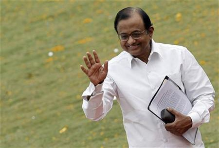 Palaniappan Chidambaram waves during a function in Manesar, October 16, 2009. REUTERS/Adnan Abidi/Files