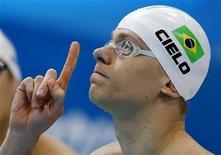 O brasileiro Cesar Cielo se concentra para prova dos 100m livre nos Jogos de Londres, em que ficou em 6o lugar. REUTERS/Jorge Silva