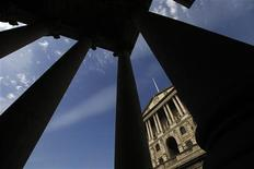 <p>La Banque d'Angleterre n'a pas décidé jeudi de nouvelles mesures de soutien à l'activité et a maintenu son taux directeur à 0,5%, son niveau depuis mars 2009. /Photo d'archives/REUTERS/Stefan Wermuth</p>