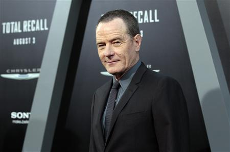 Cast member Bryan Cranston poses at the premiere of ''Total Recall'' at the Grauman's Chinese theatre in Hollywood, California August 1, 2012. The movie opens in the U.S. on August 3. REUTERS/Mario Anzuoni