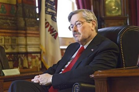 Iowa Governor Terry Branstad is interviewed in Des Moines, Iowa, February 9, 2012. REUTERS/Brian C. Frank