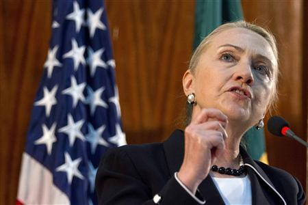 U.S. Secretary of State Hillary Clinton speaks at the University of Cheikh Anta Diop in Dakar August 1, 2012. Picture taken August 1, 2012. REUTERS/Jacquelyn Martin/Pool