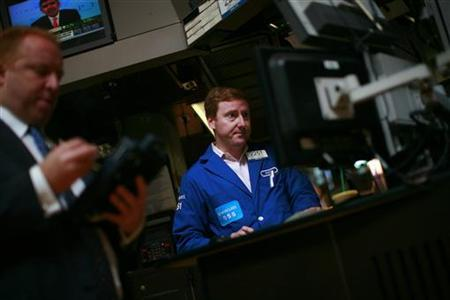 Traders work on the floor of the New York Stock Exchange June 15, 2012. REUTERS/Eric Thayer