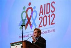 Musician Elton John delivers the keynote speech at the AIDS 2012 conference in Washington July 23, 2012. REUTERS/Kevin Lamarque