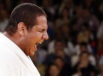O brasileiro Rafael Silva vibra ao conquistar a medalha de bronze no judô. REUTERS/Kim Kyung-Hoon