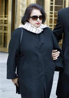 Former Galleon hedge fund employee Roomy Khan leaves Federal Court in New York December 16,2009. REUTERS/Shannon Stapleton