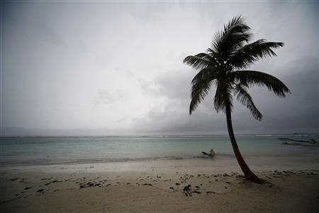 The beach front of Mahahual is seen as Hurricane Ernesto approaches the southern part of the Yucatan peninsula August 7, 2012. REUTERS/Victor Ruiz