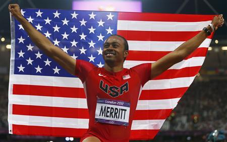 Aries Merritt of the U.S. celebrates after winning gold in the men's 110m hurdles final during the London 2012 Olympics Games at the Olympic Stadium August 8, 2012. REUTERS/Eddie Keogh