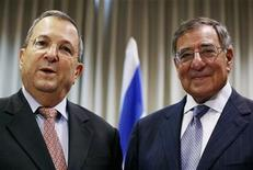 U.S. Secretary of Defense Leon Panetta and Israeli Defense Minister Ehud Barak (L) address the media at the Defense Ministry in Tel Aviv August 1, 2012. REUTERS/Mark Wilson/Pool
