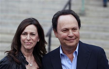 Billy Crystal and his wife Janice arrive to attend the Vanity Fair party to begin the 2012 Tribeca Film Festival in New York, April 17, 2012. REUTERS/Lucas Jackson