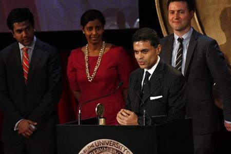 Journalist Fareed Zakaria speaks after accepting a Peabody award for the work done on his television news program ''Fareed Zakaria GPS'' during the 71st annual Peabody Awards ceremony in New York, May 21, 2012. REUTERS/Keith Bedford