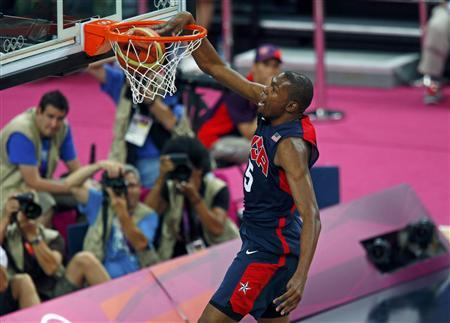 Kevin Durant of the U.S. dunks against Argentina during their men's basketball semifinal match at the North Greenwich Arena during the London 2012 Olympic Games August 10, 2012. REUTERS/Brian Snyder