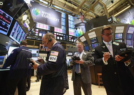 Traders work on the floor of the New York Stock Exchange, August 8, 2012. REUTERS/Brendan McDermid