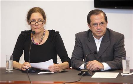 Christine Assange, mother of WikiLeaks founder Julian Assange, is joined by Ecuador's Foreign Affairs Minister Ricardo Patino during a media conference at the Ministry of Foreign Affairs in Quito July 30, 2012. REUTERS/Gary Granja/Files